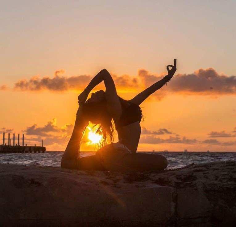 Bianca Yoga Sunset